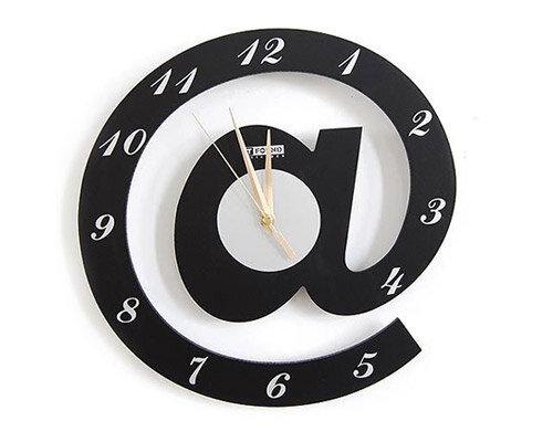 Relógio ecológico arroba